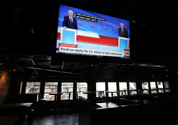 Presidential Election「Candidates Joe Biden And Bernie Sanders Debate As Nation Copes With Coronavirus Emergency」:写真・画像(9)[壁紙.com]