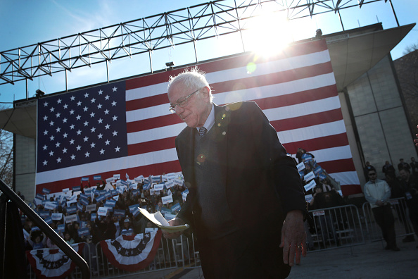 Scott Olson「Presidential Candidate Bernie Sanders Holds Campaign Rally In Chicago」:写真・画像(4)[壁紙.com]