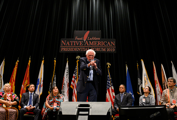Presidential Election「Democratic Presidential Candidates Attend Frank LaMere Native American Presidential Forum In Iowa」:写真・画像(17)[壁紙.com]