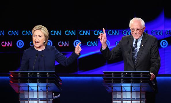 Presidential Candidate「Democratic Presidential Candidates Debate In Flint」:写真・画像(5)[壁紙.com]