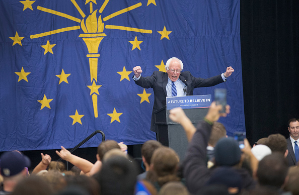 Scott Olson「Bernie Sanders Campaigns In Indiana」:写真・画像(12)[壁紙.com]