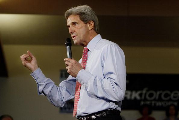 Oregon - US State「Kerry Campaigns In Oregon」:写真・画像(12)[壁紙.com]