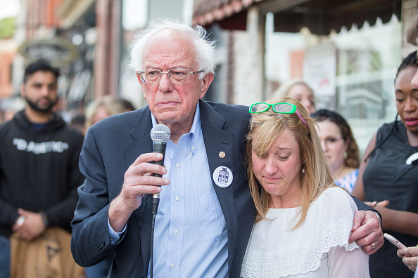 Inexpensive「Democratic presidential candidate, U.S. Sen. Bernie Sanders (D-VT) Joins Group Of People With Diabetes On Trip To Canada For Affordable Insulin」:写真・画像(17)[壁紙.com]