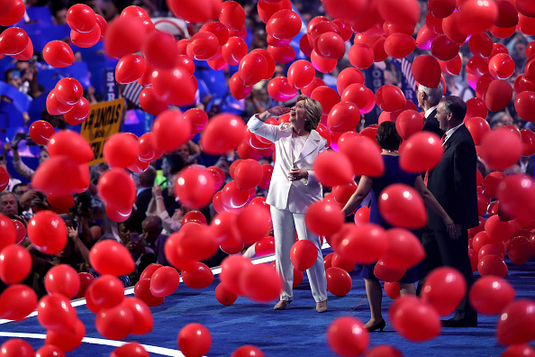 2016 United States Presidential Election「Democratic National Convention: Day Four」:写真・画像(4)[壁紙.com]