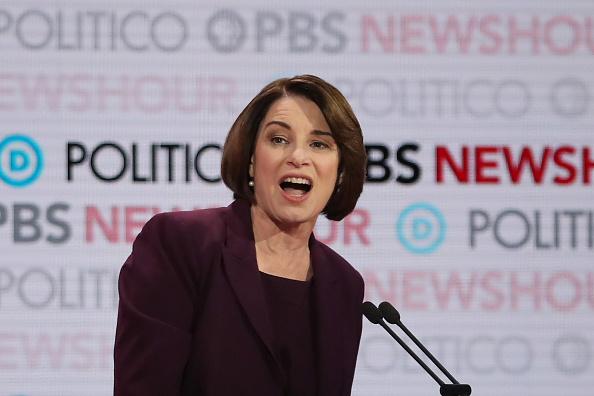 Justin Sullivan「Democratic Presidential Candidates Participate In Last Debate Of 2019」:写真・画像(13)[壁紙.com]
