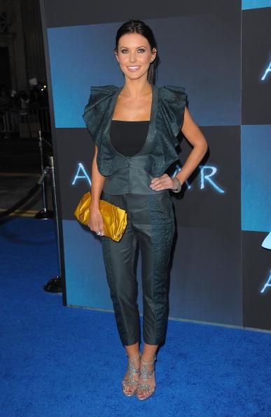"T-strap Shoe「Premiere Of 20th Century Fox's ""Avatar"" - Arrivals」:写真・画像(16)[壁紙.com]"