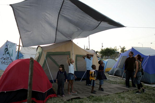 Tent「Shantytown Constructed In Miami's Liberty City」:写真・画像(15)[壁紙.com]