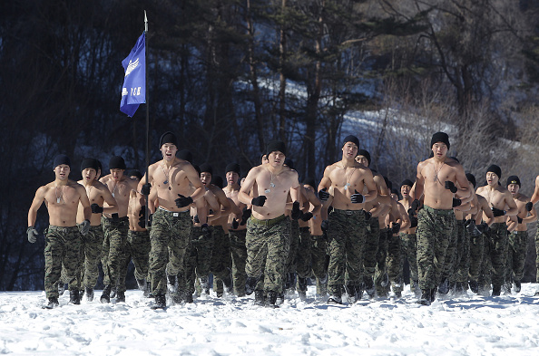 Army Soldier「South Korean Soldiers Train In Sub-Zero Winter Weather」:写真・画像(16)[壁紙.com]
