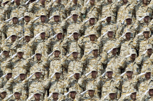 Conformity「South Korean Soldiers Prepare To Leave For Iraq」:写真・画像(4)[壁紙.com]