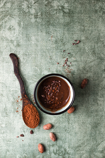 Dessert「Cup of chocolate pudding with cacao, cacao nibs and cocoa beans」:スマホ壁紙(4)