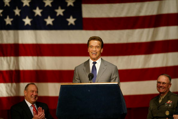 Governor「California Grants Citizenship To Immigrant Marines」:写真・画像(6)[壁紙.com]