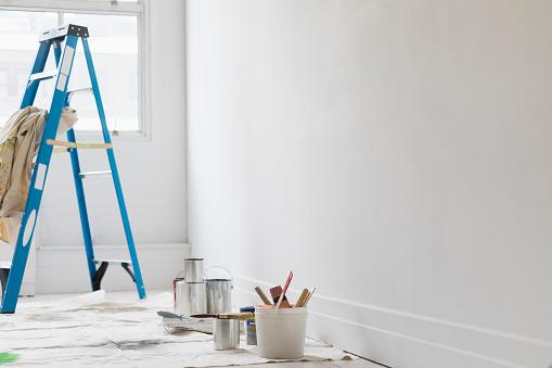 日曜大工「Room painted white」:スマホ壁紙(0)