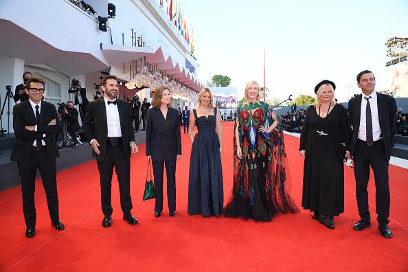 Closed「Closing Ceremony Red Carpet - The 77th Venice Film Festival」:写真・画像(6)[壁紙.com]