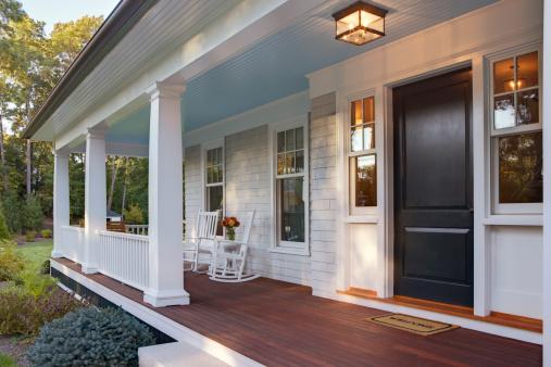 Door「Front porch of new custom home with sun light.」:スマホ壁紙(6)