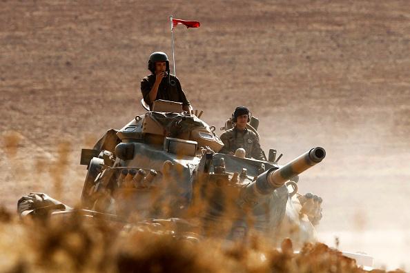 Turkey - Middle East「Syrian Kurds Battle IS To Retain Control Of Kobani」:写真・画像(4)[壁紙.com]