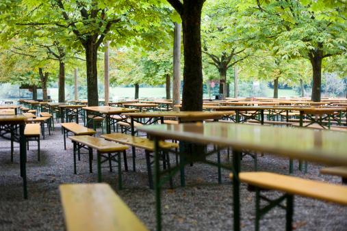 Chestnut「Munich beer garden」:スマホ壁紙(12)