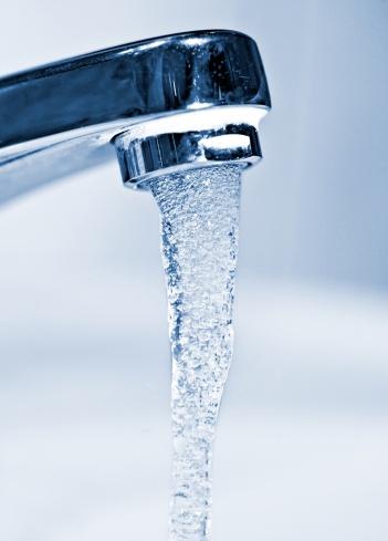 Leaking「running faucet」:スマホ壁紙(14)