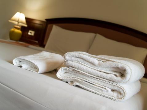 Motel「Hotel bedroom」:スマホ壁紙(8)