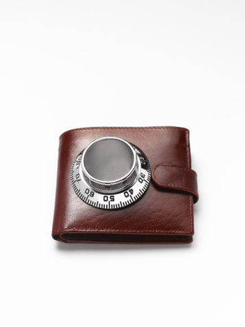 Wallet「Wallet with safe dial on, close-up」:スマホ壁紙(2)