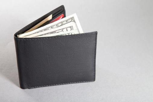American One Hundred Dollar Bill「Wallet with US dollar bills」:スマホ壁紙(14)