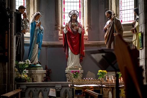 大昔の「Interior Daniel O'Connell Memorial Catholic Church, Cahersiveen」:スマホ壁紙(13)