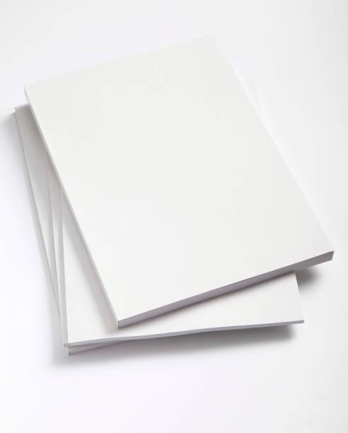 Blank magazines cover:スマホ壁紙(壁紙.com)