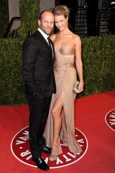 Rosie Huntington-Whiteley「2011 Vanity Fair Oscar Party Hosted By Graydon Carter - Arrivals」:写真・画像(3)[壁紙.com]