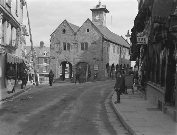 1900「Street Scene Ross-On-Wye」:写真・画像(5)[壁紙.com]