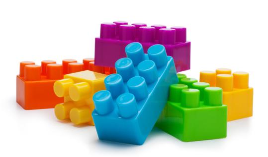 Heap「Building Blocks on a White Background」:スマホ壁紙(4)