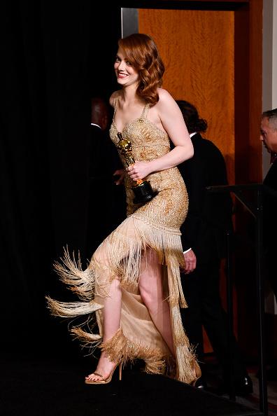 Emma Stone「89th Annual Academy Awards - Press Room」:写真・画像(16)[壁紙.com]