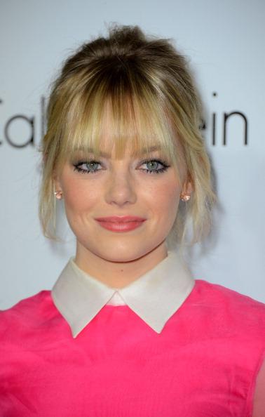 Emma Stone「19th Annual ELLE Women In Hollywood Celebration - Arrivals」:写真・画像(14)[壁紙.com]
