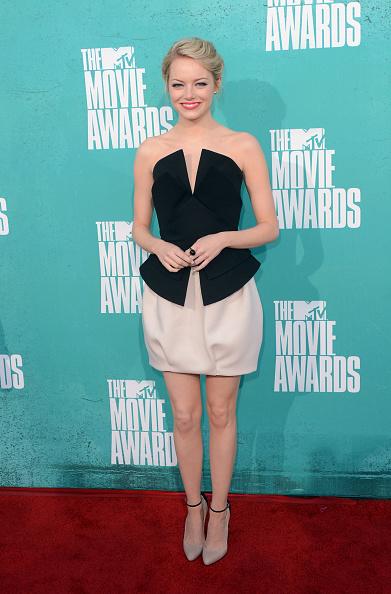 Emma Stone「2012 MTV Movie Awards - Arrivals」:写真・画像(1)[壁紙.com]