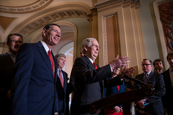 Debt「Senate Lawmakers Address The Media After Weekly Policy Luncheons」:写真・画像(18)[壁紙.com]