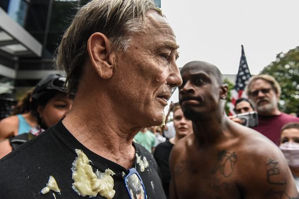 Condiment「Alt Right Group Holds Rally In Portland, Oregon」:写真・画像(7)[壁紙.com]