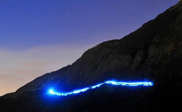 Light Trail「Edinburgh International Festival - Speed of Light」:写真・画像(12)[壁紙.com]