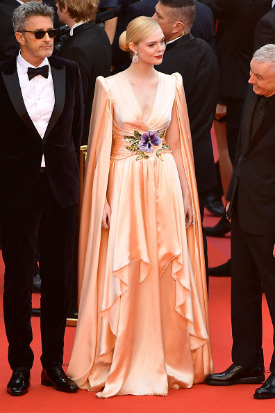 "Elle Fanning「""The Dead Don't Die"" & Opening Ceremony Red Carpet - The 72nd Annual Cannes Film Festival」:写真・画像(0)[壁紙.com]"