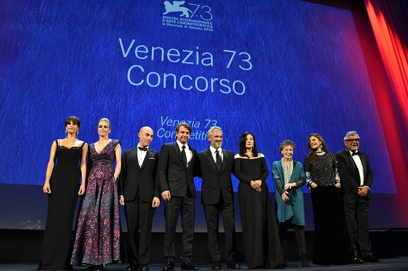 Sala Grande「Opening Ceremony - Inside - 73rd Venice Film Festival」:写真・画像(12)[壁紙.com]