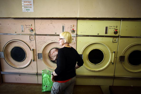 Laundry「Burnley Votes To Appoint A BNP Councillor In Last Weeks Local Elections」:写真・画像(13)[壁紙.com]