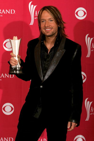 MGM Grand Garden Arena「41st Annual Academy Of Country Music Awards - Press Room」:写真・画像(14)[壁紙.com]