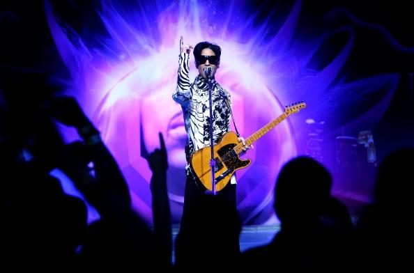 "Performance「Prince And Lotusflow3r.com Make History With ""One Night... Three Venues""」:写真・画像(6)[壁紙.com]"