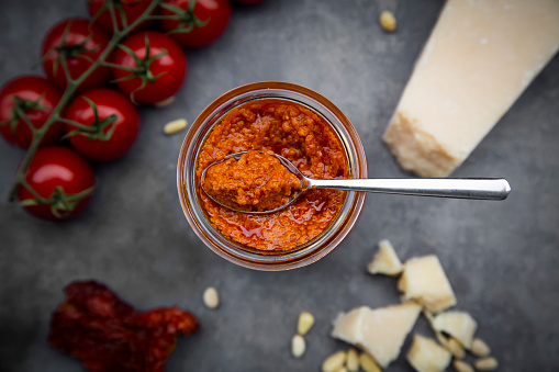 Mash - Food State「Glass of tomato pesto and ingredients」:スマホ壁紙(6)