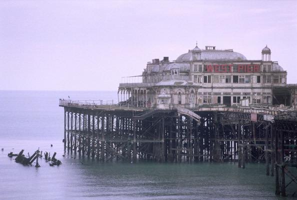 Fisherman「West Pier Brighton」:写真・画像(13)[壁紙.com]