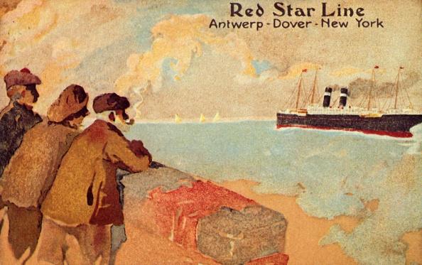 Fisherman「Fisherman And Sailors Watching A Red Star Ocean Liner」:写真・画像(6)[壁紙.com]