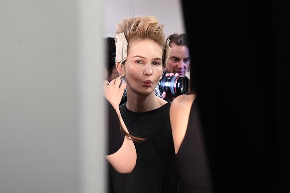 Spring Studios - New York「Taoray Wang - Backstage - February 2020 - New York Fashion Week: The Shows」:写真・画像(14)[壁紙.com]