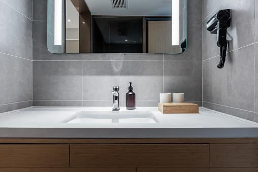 Public Restroom「Comfortable and tidy toilet toiletries」:スマホ壁紙(6)
