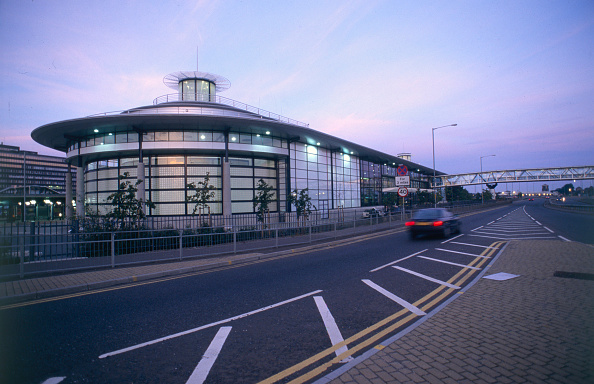 Light Trail「Ashford International Station is purpose-built train station dedicated solely to Eurostar and is situated in Kent, South East, close to the M20」:写真・画像(13)[壁紙.com]