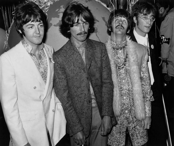 Four People「Beatles At EMI」:写真・画像(7)[壁紙.com]