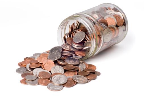 Spilling「Coins Spilling from a Jar」:スマホ壁紙(1)