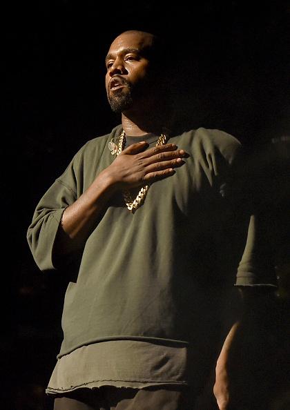 Performance「2015 iHeartRadio Music Festival - Night 1 - Show」:写真・画像(15)[壁紙.com]