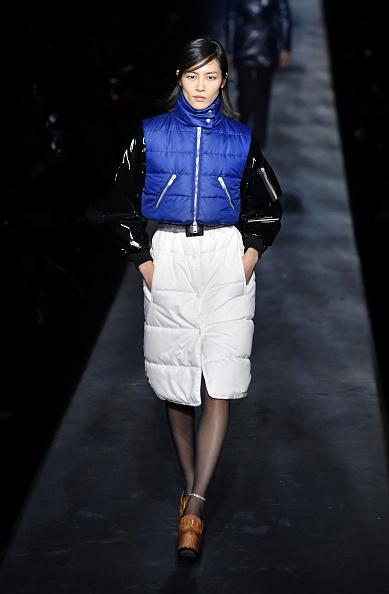 Jacket「Givenchy : Runway - Paris Fashion Week Womenswear Fall/Winter 2019/2020」:写真・画像(5)[壁紙.com]